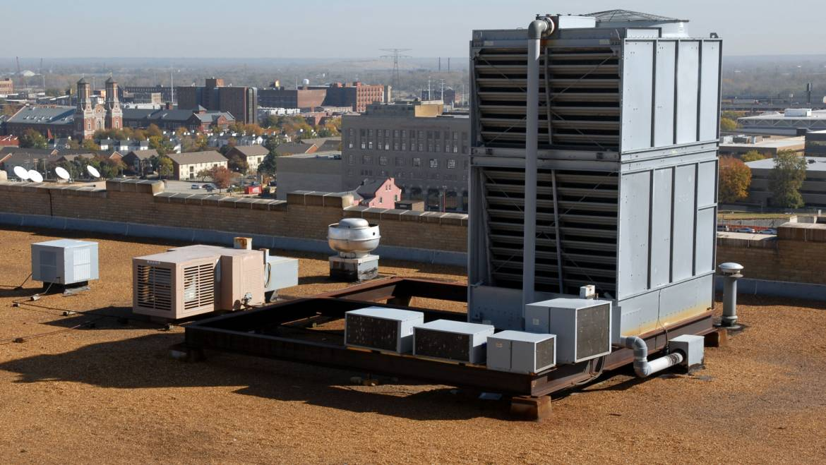 Commercial HVAC Units: Repair or Replace?